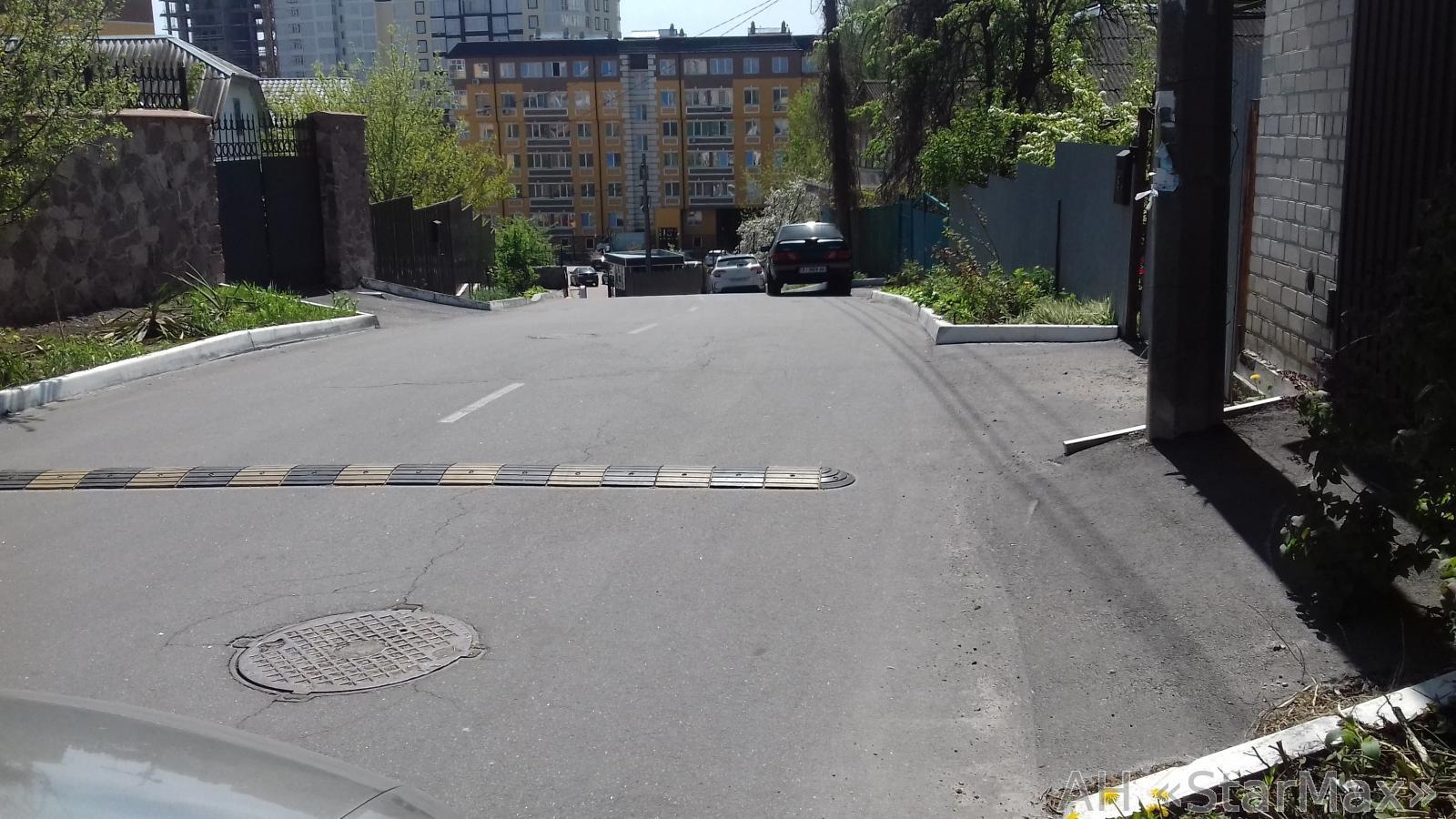 Продам дом Киев, Иртышская ул. 3