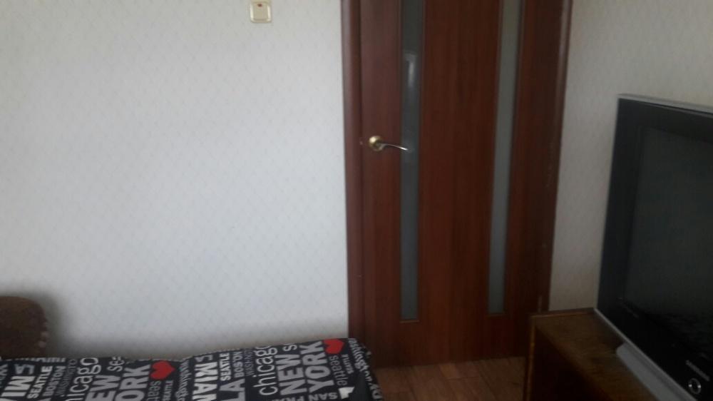Продам квартиру Харьков, Гвардейцев Широнинцев ул.
