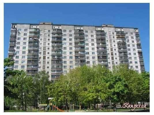 Продам квартиру Киев, Челябинская ул.