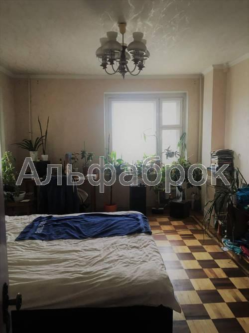 Продам квартиру Киев, Оболонская пл. 4
