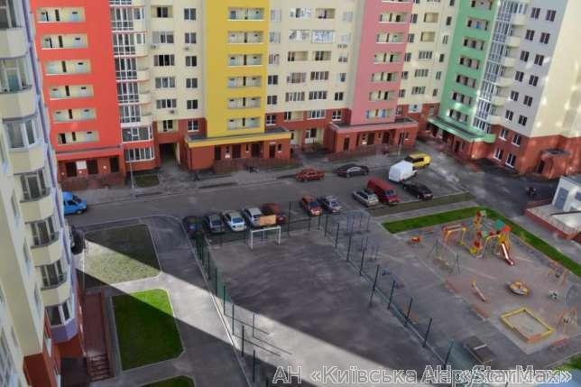 Фото 5 - Продам квартиру Киев, Комбинатная ул.