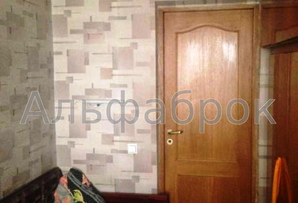 Продам квартиру Киев, Коцюбинского Михаила ул. 5