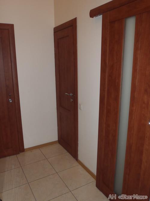 Продам офисное помещение Киев, Воздухофлотский пр-т 5