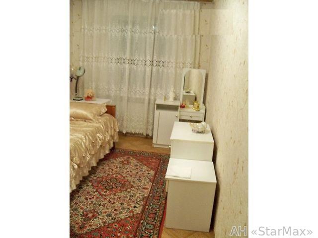 Продам квартиру Киев, Курнатовского ул. 3