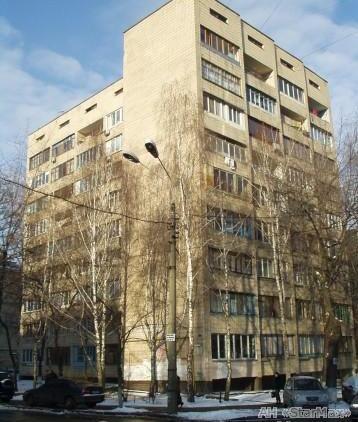 Продам гостинку Киев, Кирилловская ул. 3