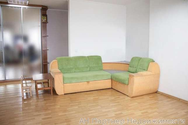 Продам квартиру Киев, Миропольская ул. 4