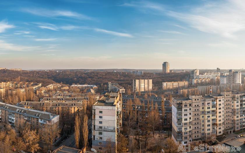 Продам квартиру Киев, Коломыйский пер. 4