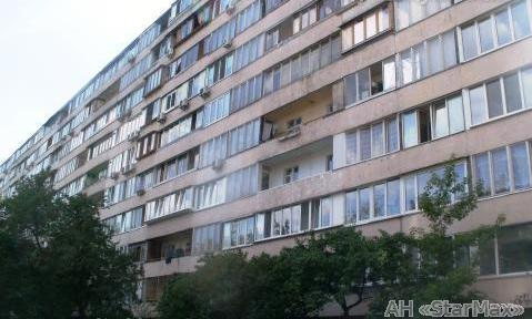 Фото - Продам квартиру Киев, Сверстюка Евгения ул.
