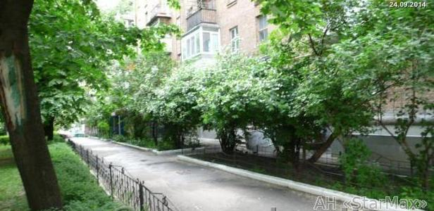Продам квартиру Киев, Госпитальная ул. 5