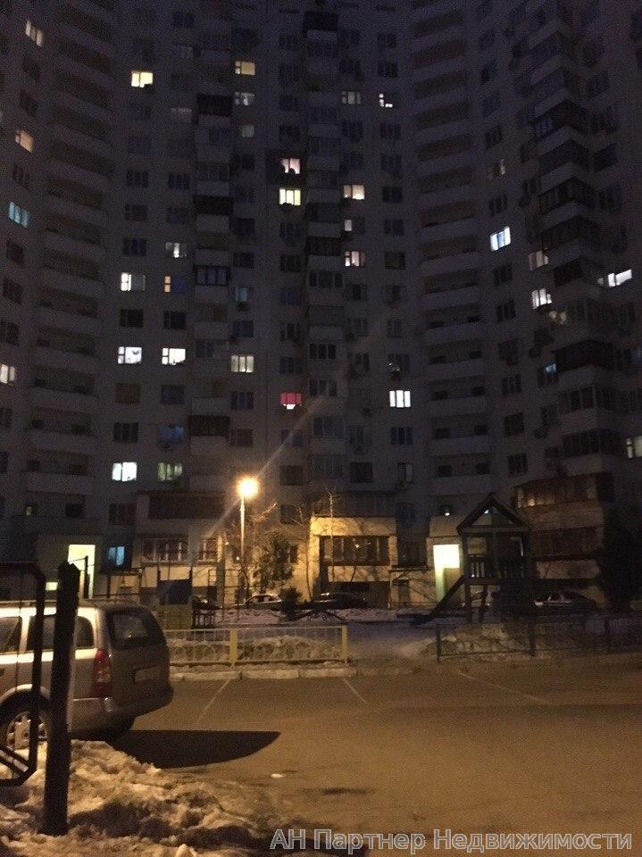 Фото 3 - Продам квартиру Киев, Бажана Николая пр-т