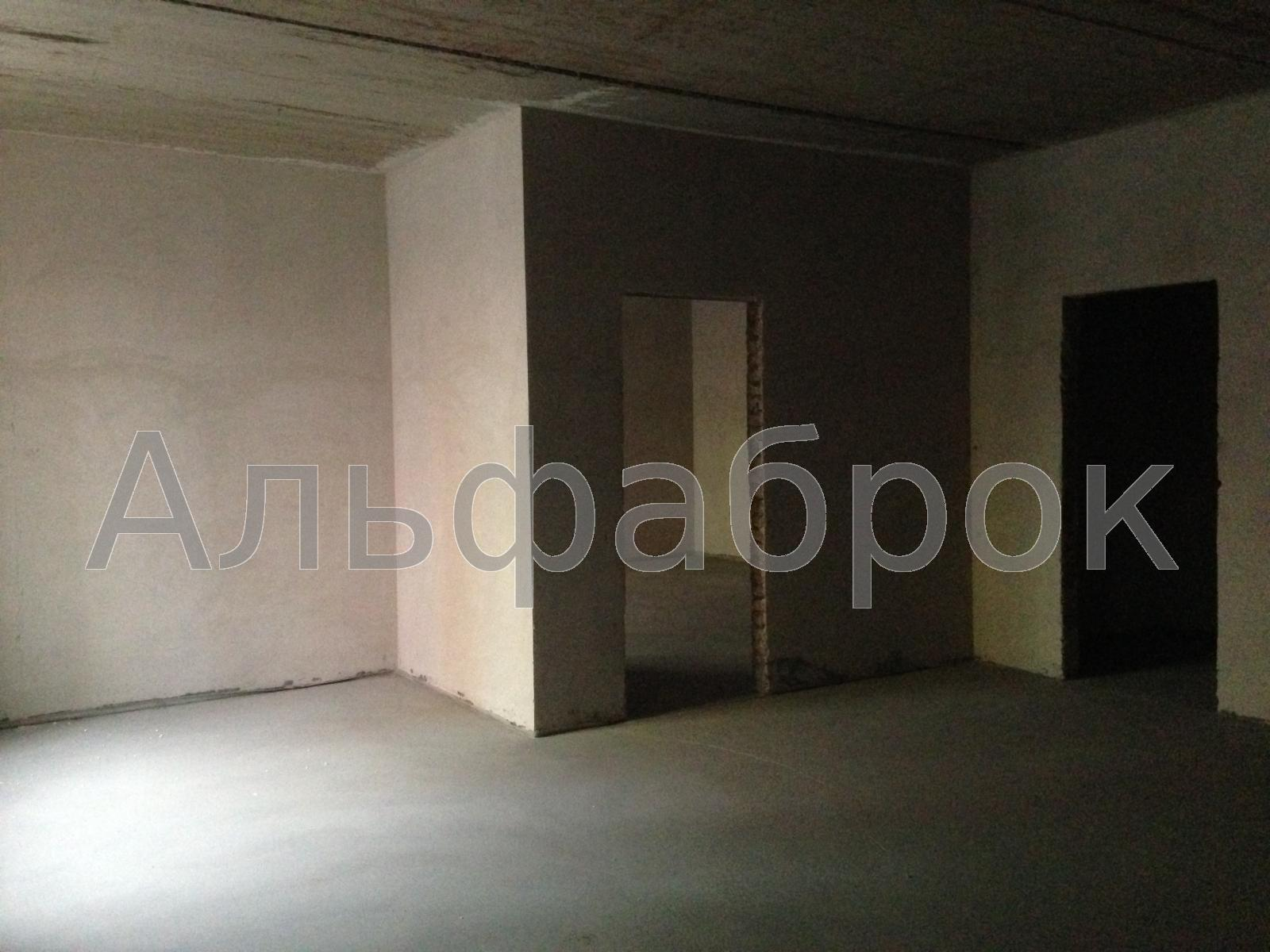 Продам торговое помещение Киев, Комбинатная ул. 4
