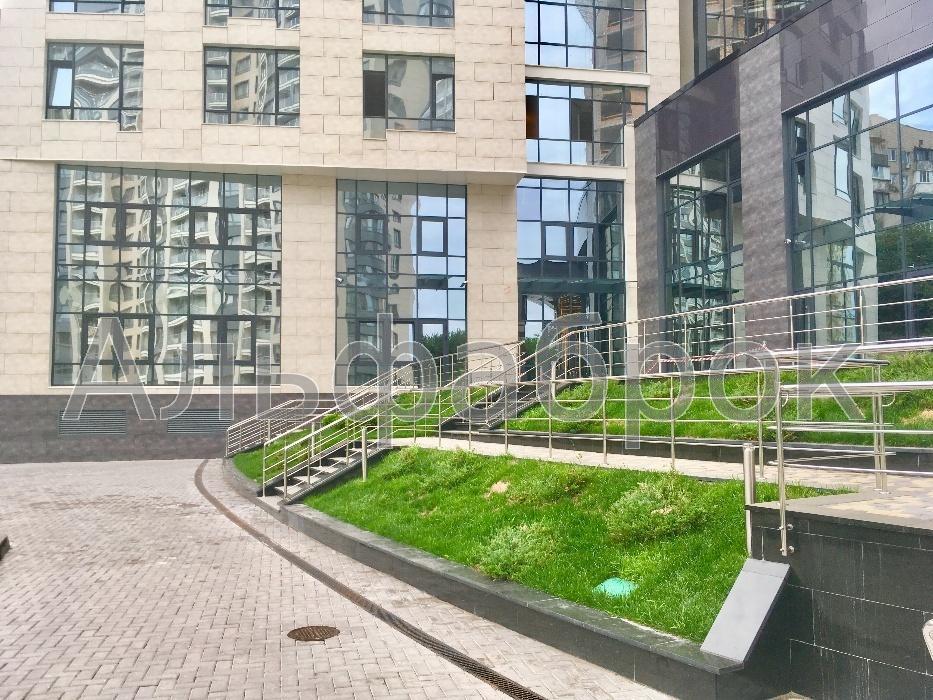 Продам офисное помещение Киев, Демеевская ул.