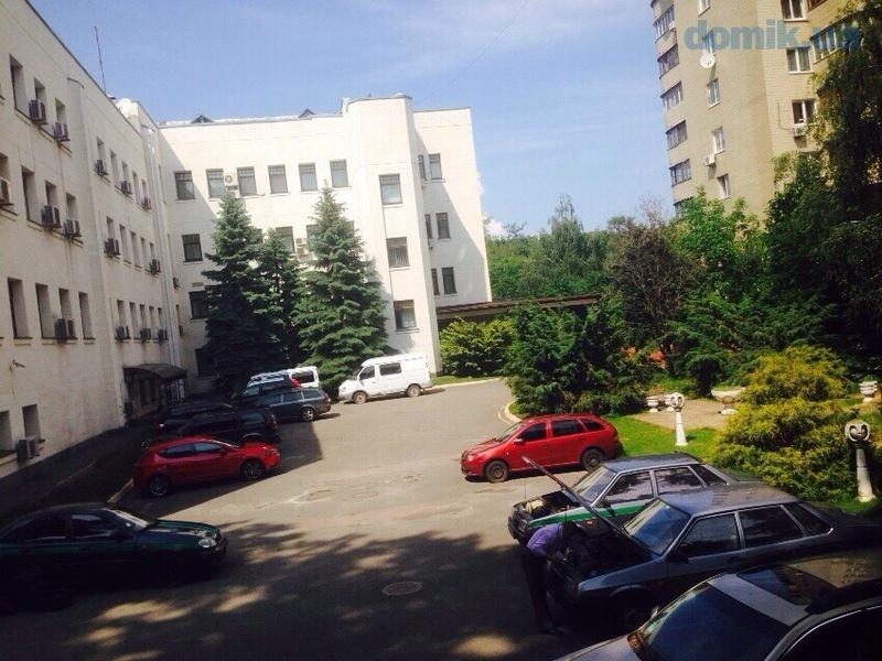 Продам офисное здание Киев, Победы пр-т 4
