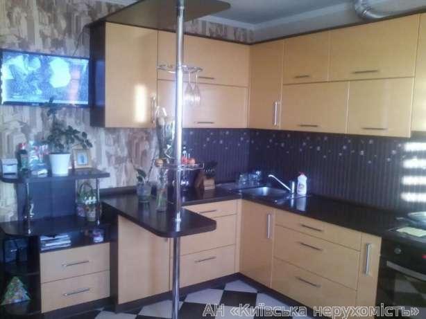 Продам квартиру Киев, Харьковское шоссе 2