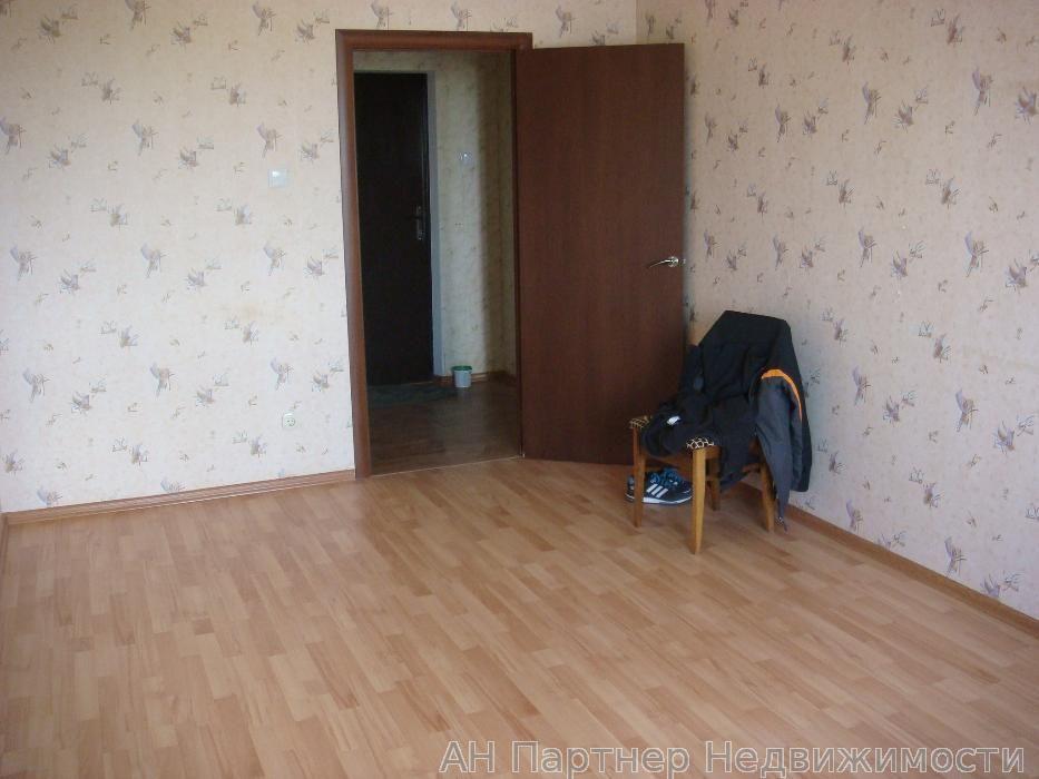 Продам квартиру Киев, Милославская ул. 5
