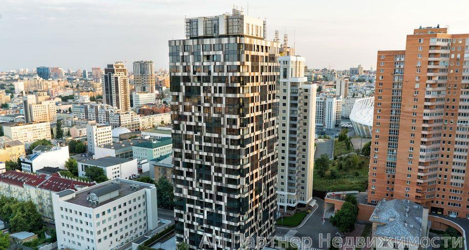 Продам квартиру Киев, Барбюса Анри ул.