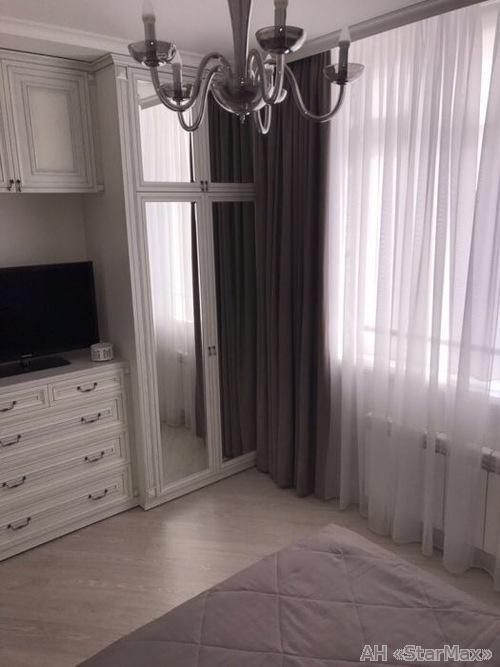 Продам квартиру Киев, Красногвардейская ул. 4