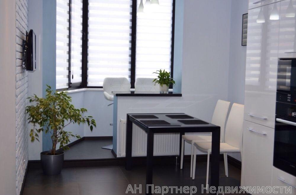 Продам квартиру Киев, Ломоносова ул.