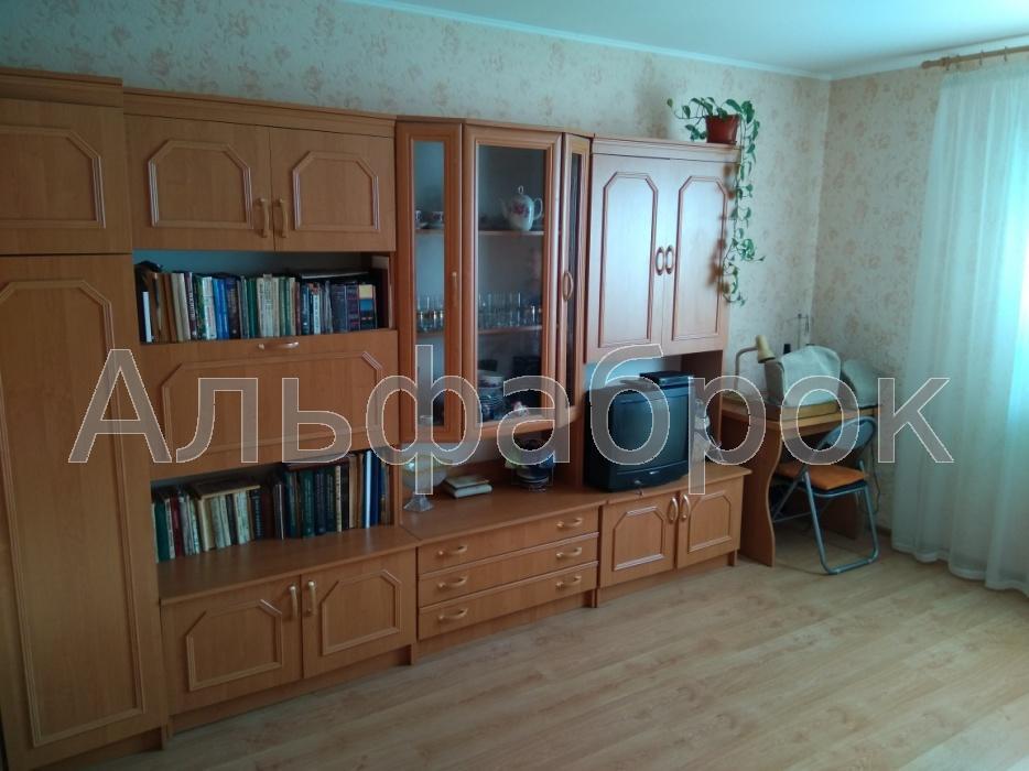 Продам квартиру Вишневое, Полевая ул.