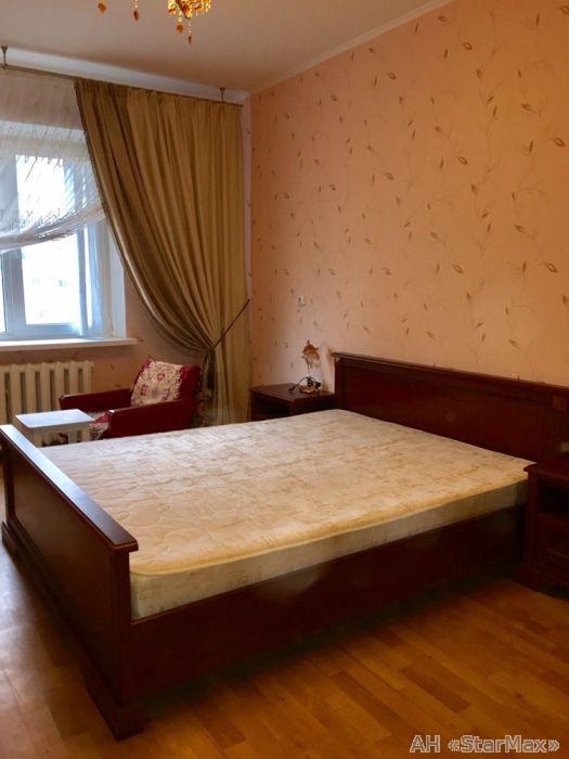 Фото 2 - Продам квартиру Киев, Цветаевой Марины ул.