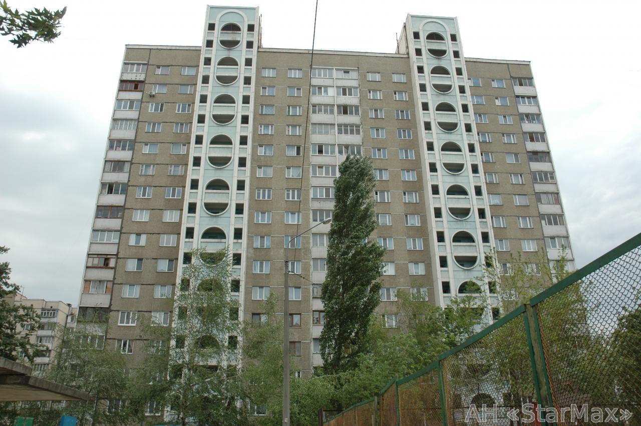 Продам квартиру Киев, Панча Петра ул. 3