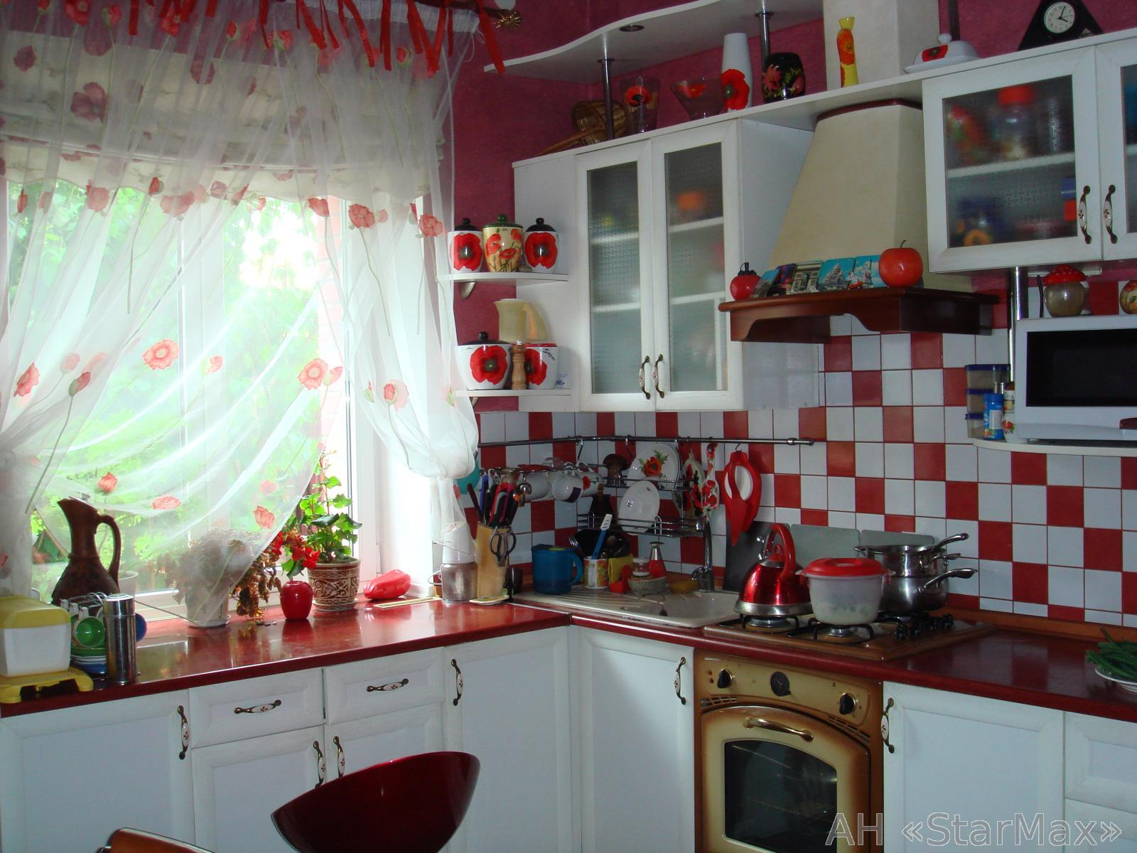 Продам дом Киев, Любимовская ул. 2
