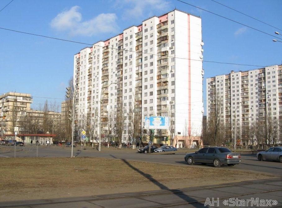 Фото 2 - Продам квартиру Киев, Оболонская пл.