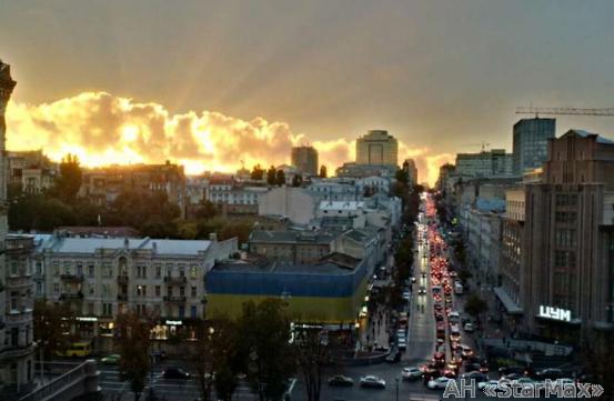 Фото 2 - Продам квартиру Киев, Крещатик ул.