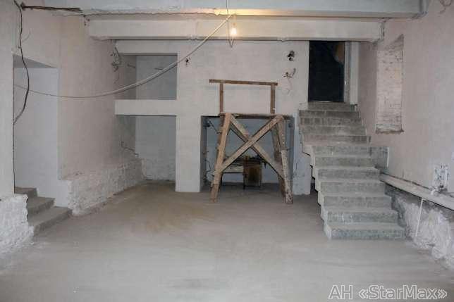 Продам торговое помещение Киев, Банковая ул. 5