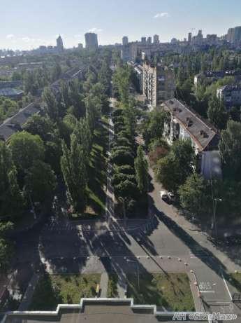 Продам квартиру Киев, Ушинского ул. 5