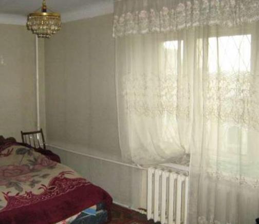 Продам квартиру Киев, Кустанайская ул. 3