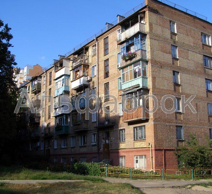Продам офисное помещение Киев, Вышгородская ул.