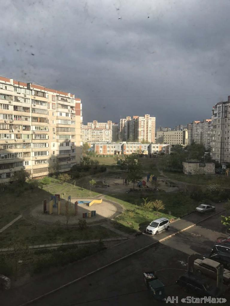 Фото 5 - Продам квартиру Киев, Бальзака Оноре де ул.