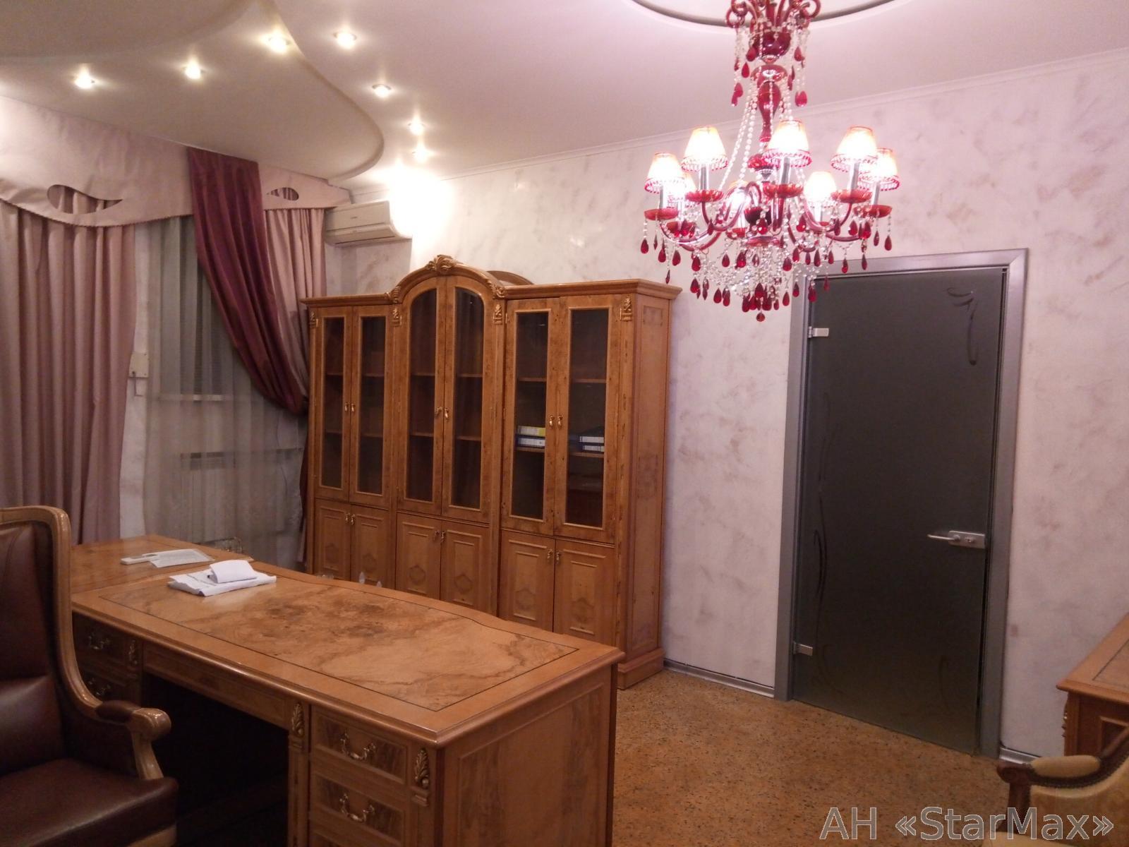 Продам офисное помещение Киев, Кропивницкого ул.
