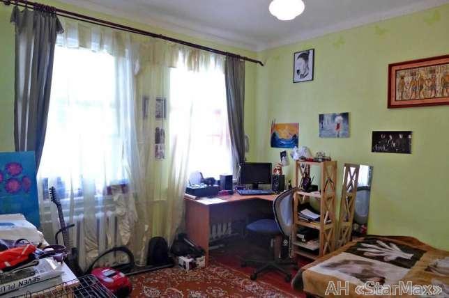 Продам дом Киев, Батумская ул.