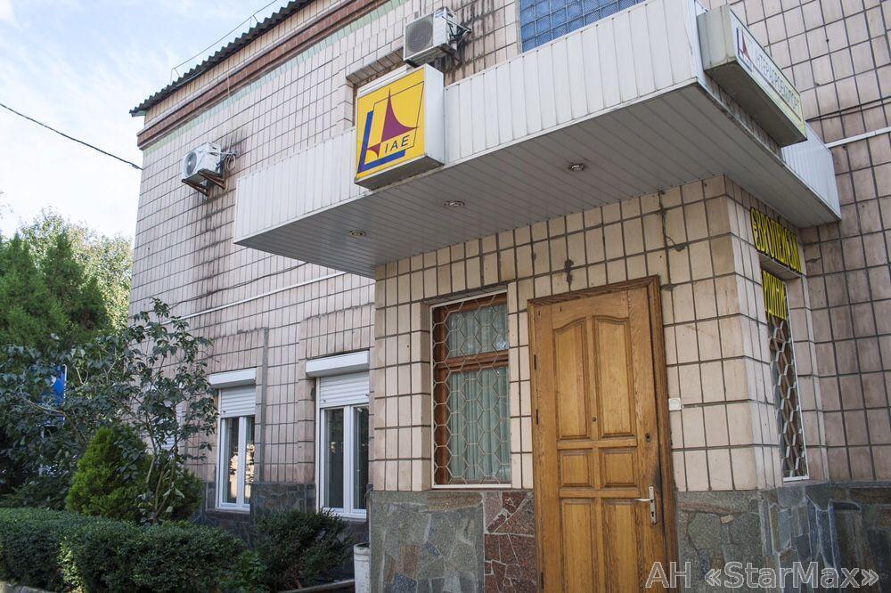 Продам офисное здание Киев, Кудрявская ул.