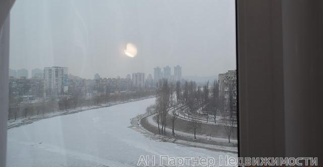 Сдам квартиру Киев, Соборности пр-т 4