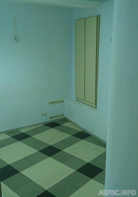 Продам офис в многоквартирном доме Киев, Круглоуниверситетская ул. 3