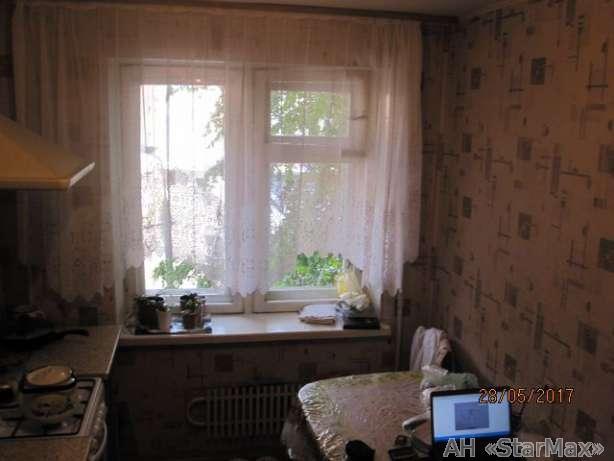 Продам квартиру Киев, Межигорская ул. 5
