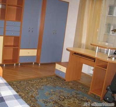 Продам квартиру Киев, Отдыха ул. 4