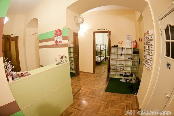 Сдам офис в многоквартирном доме Киев, Руставели Шота ул.