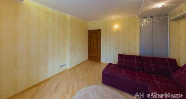 Продам квартиру Киев, Сеченова ул. 5
