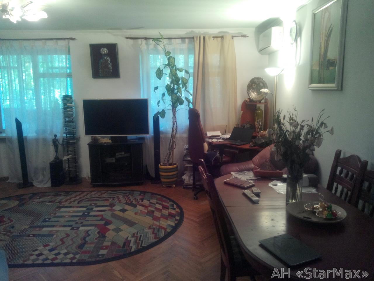 Продам квартиру Киев, Печерский спуск 3