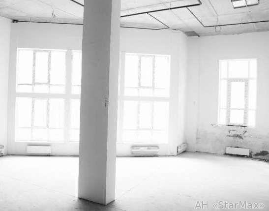 Продам офис в многоквартирном доме Киев, Саксаганского ул. 4