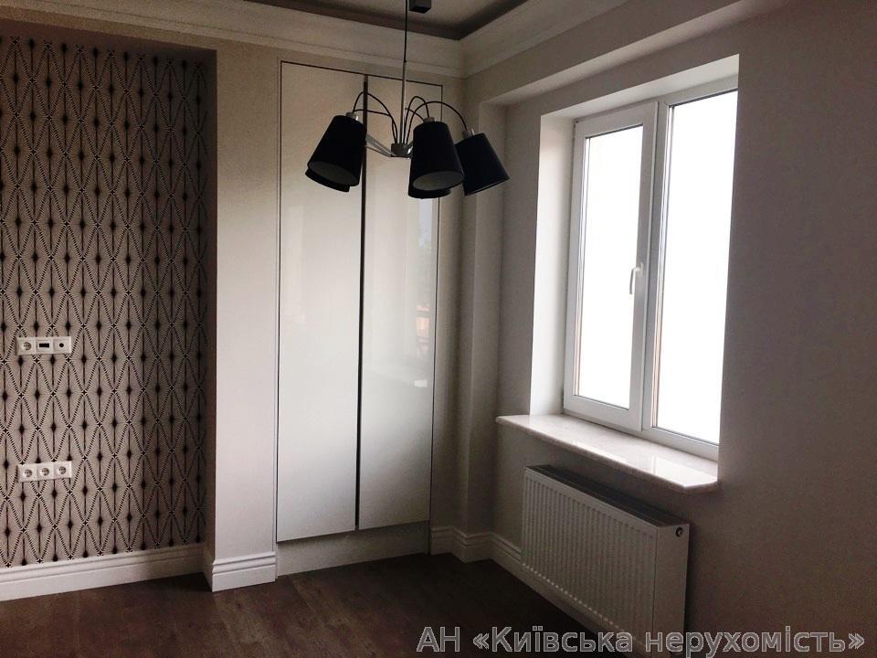 Продам квартиру Козин, Киевская ул. 2