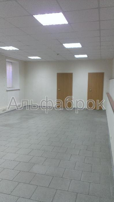 Сдам офисное помещение Киев, Хорива ул.
