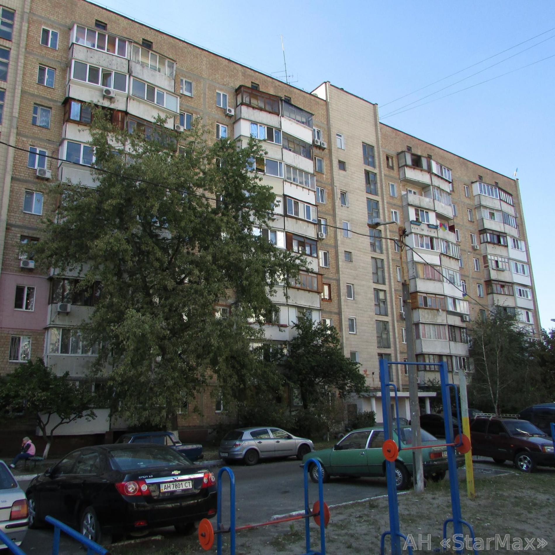 Фото 4 - Продам квартиру Киев, Северная ул.