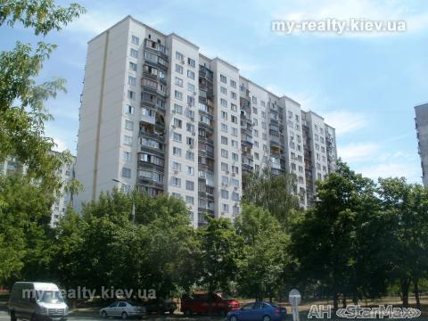Продам квартиру Киев, Челябинская ул. 5