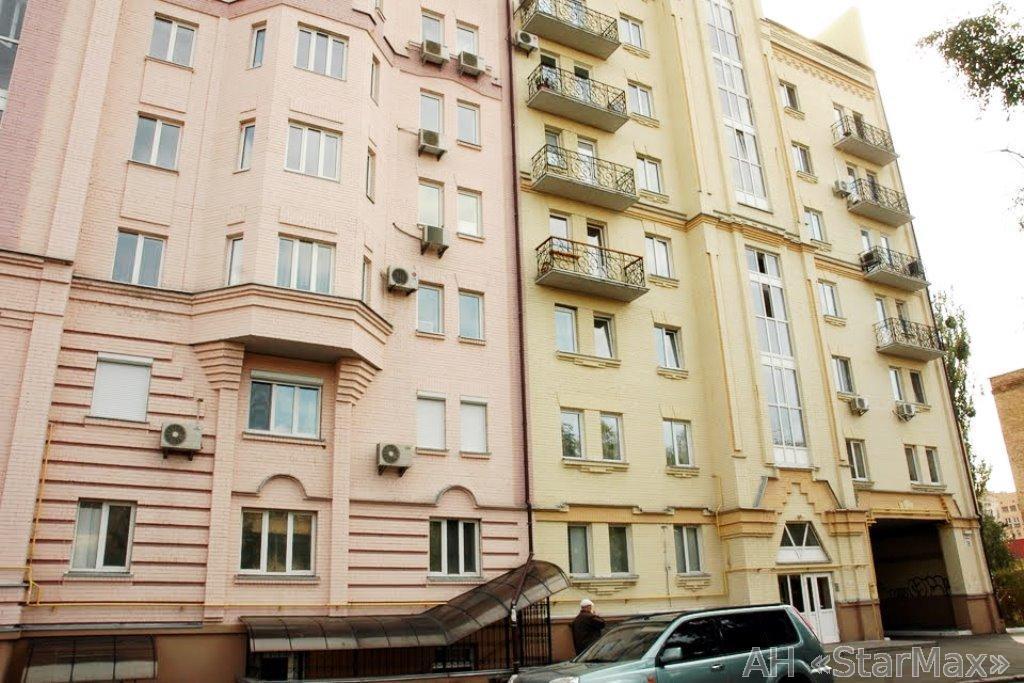 Продам квартиру Киев, Юрковская ул. 2