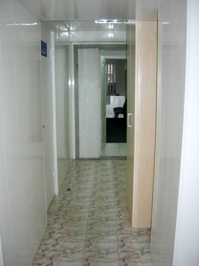 Продам офис в многоквартирном доме Киев, Чигорина ул.